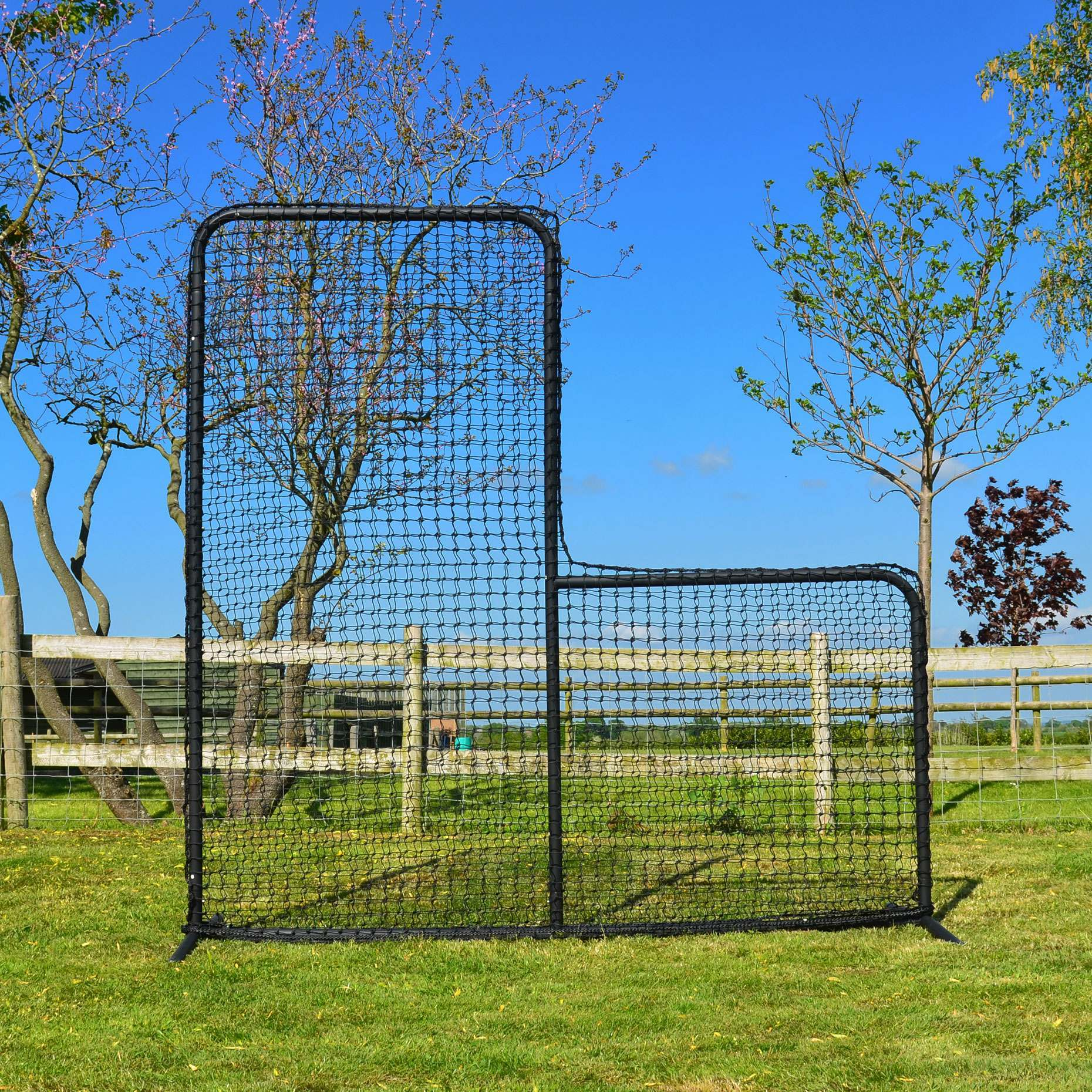 Baseball | FORTRESS L-screen 7ft x 7ft Frane and Net